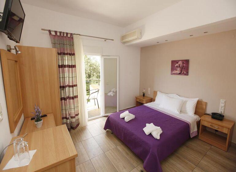 Christa Hotel, Thassos