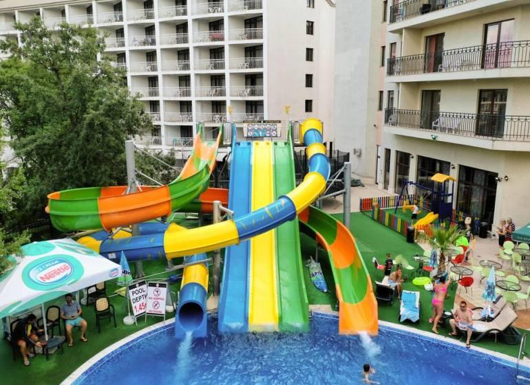 Prestige Hotel & Aqua Park, Nisipurile de Aur