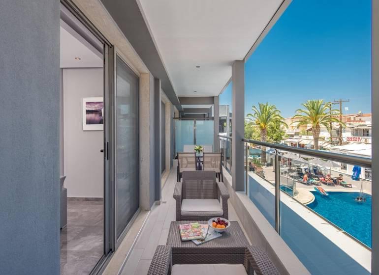 Dionyssos Hotel & Apartments,Grecia / Halkidiki