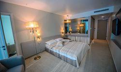 Hotel Turquoise, Romania / Venus
