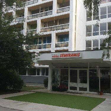 Hotel Semiramis,Romania / Saturn